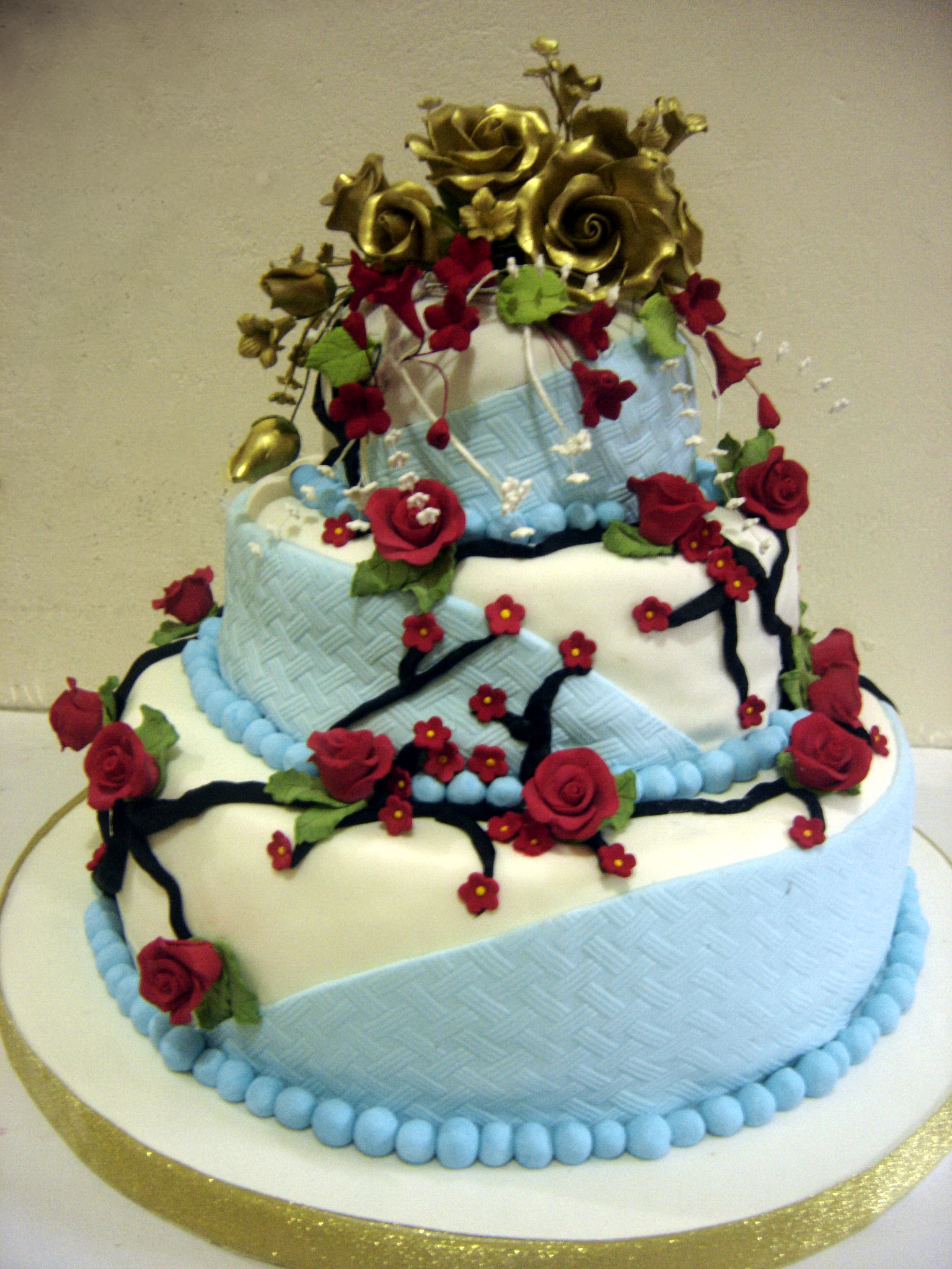 Wedding cake dengan Fondant